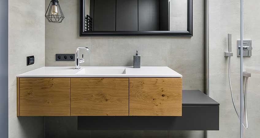 חדר רחצה מודרני בהתאמה אישית